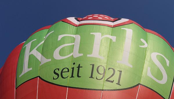 Ballonwerbung auf Heißluftballon